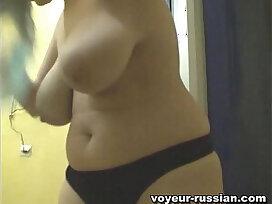 huge tits-mom-russian-tits-voyeur